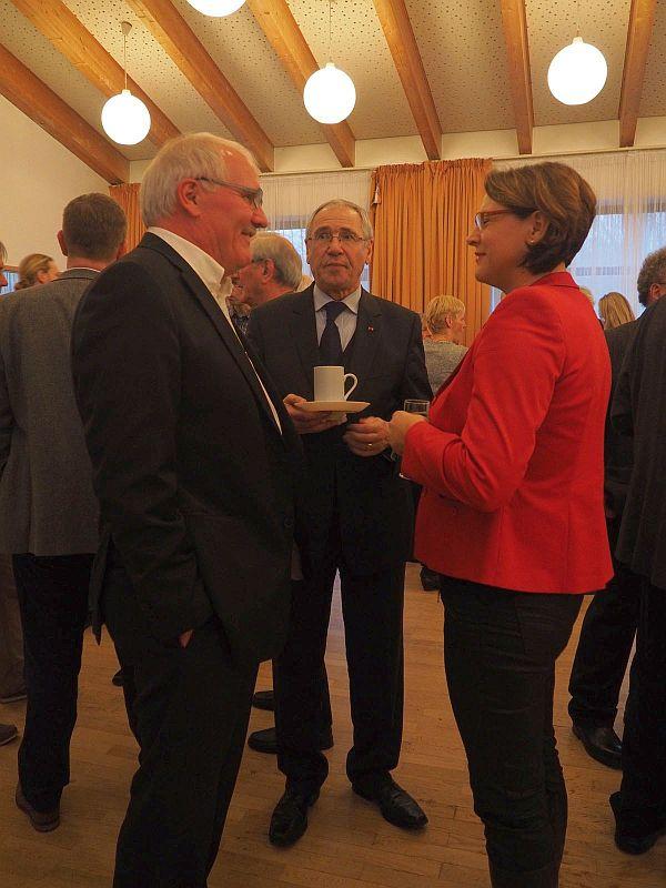 Gastgeber Günther Hildebrand war beim Neujahrsempfang nonstop im Gespräch mit Ellerbekern und Gästen